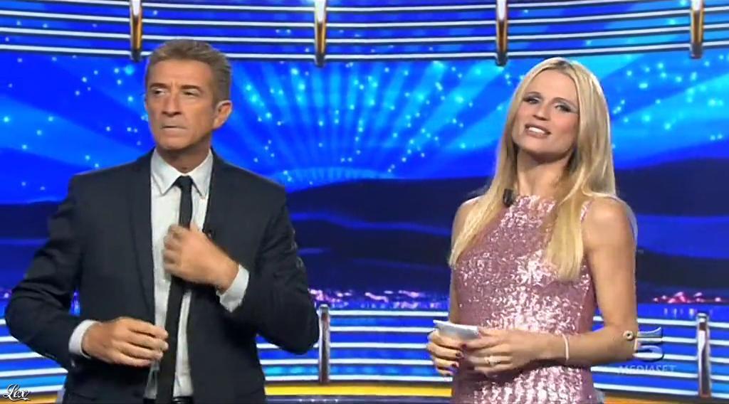 Michelle Hunziker dans Striscia la Notizia. Diffusé à la télévision le 23/10/14.