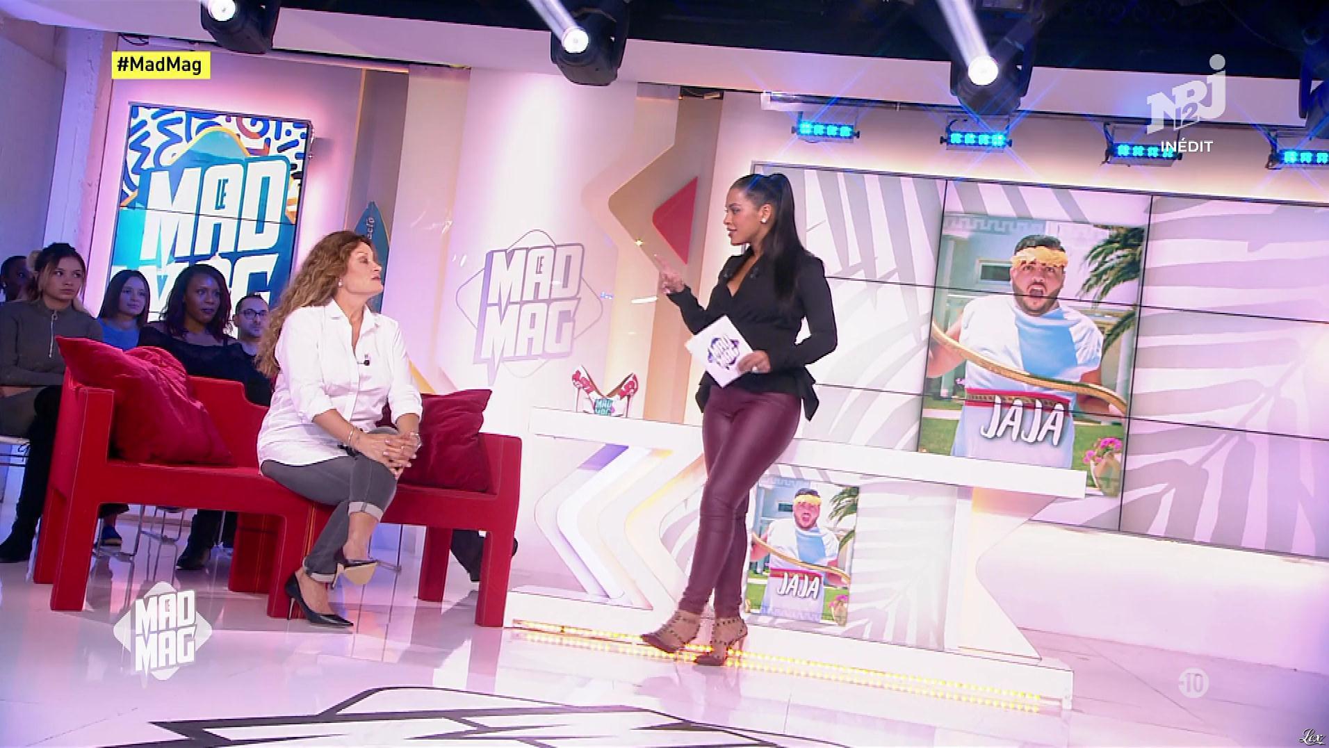 Ayem Nour dans le Mad Mag. Diffusé à la télévision le 19/10/17.