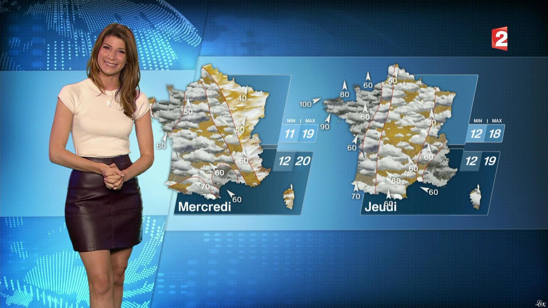 Chloé Nabedian à la Météo de 13h. Diffusé à la télévision le 16/10/17.
