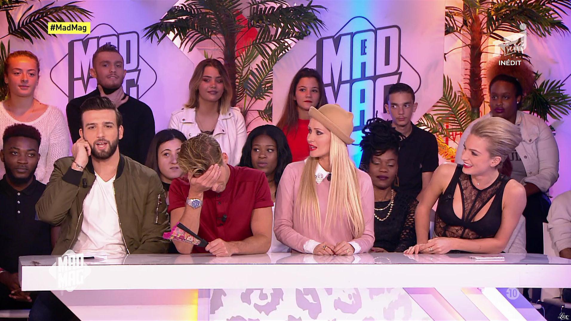 Fiona Deshayes dans le Mad Mag. Diffusé à la télévision le 19/10/17.