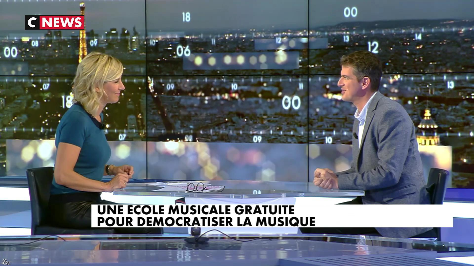 Laurence Ferrari dans le Grand JT. Diffusé à la télévision le 09/10/17.