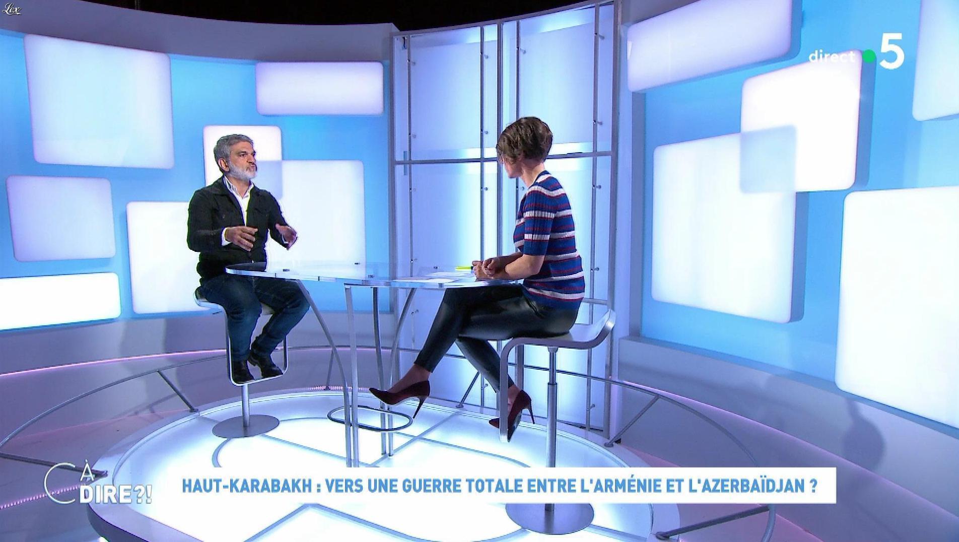 Mélanie Taravant dans C à Dire. Diffusé à la télévision le 06/10/20.