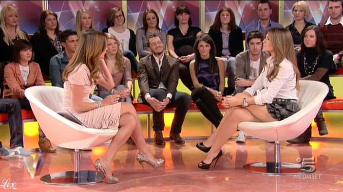Silvia Toffanin et Alessia Ventura dans Verissimo. Diffusé à la télévision le 29/01/11.