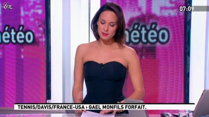Julia Vignali dans la Matinale. Diffusé à la télévision le 03/04/12.