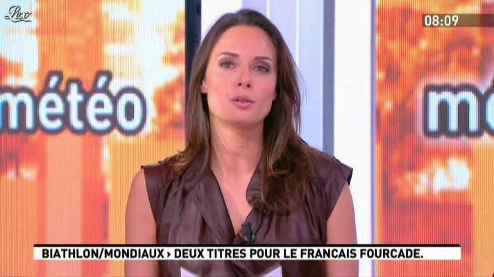 Julia Vignali dans la Matinale. Diffusé à la télévision le 05/03/12.