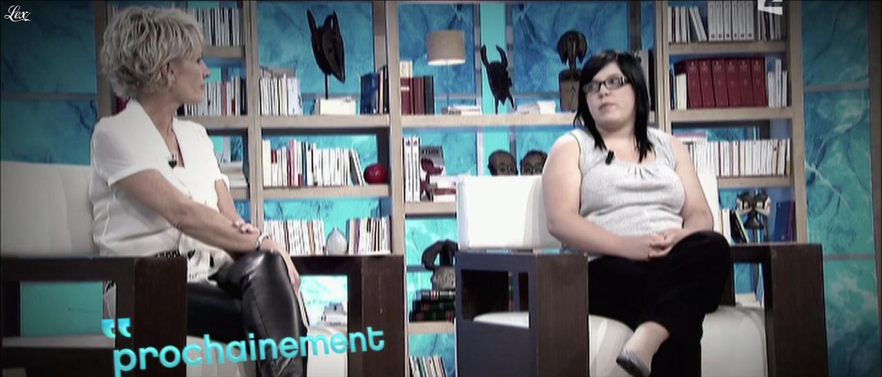 Sophie Davant dans Toute une Histoire. Diffusé à la télévision le 23/05/11.
