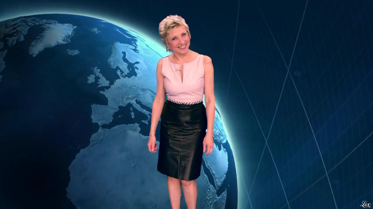 Evelyne Dhéliat à la Météo de 20h. Diffusé à la télévision le 04/06/13.