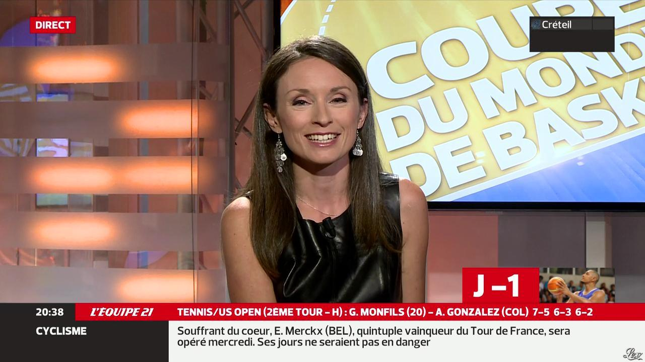 gaelle millon dans l equipe 21 29 08 14 26. Black Bedroom Furniture Sets. Home Design Ideas