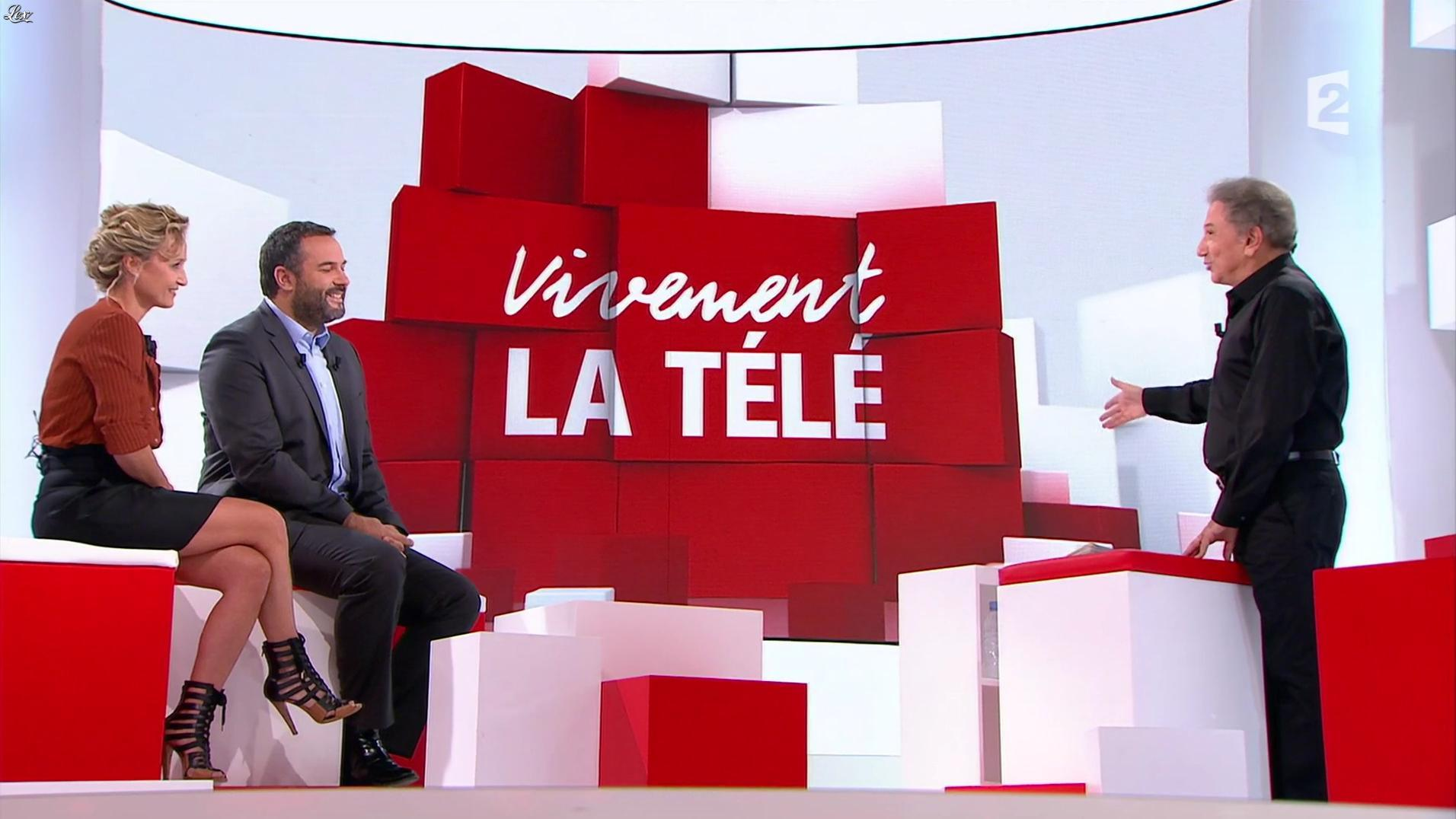 Caroline Roux dans Vivement la Télé. Diffusé à la télévision le 18/09/16.