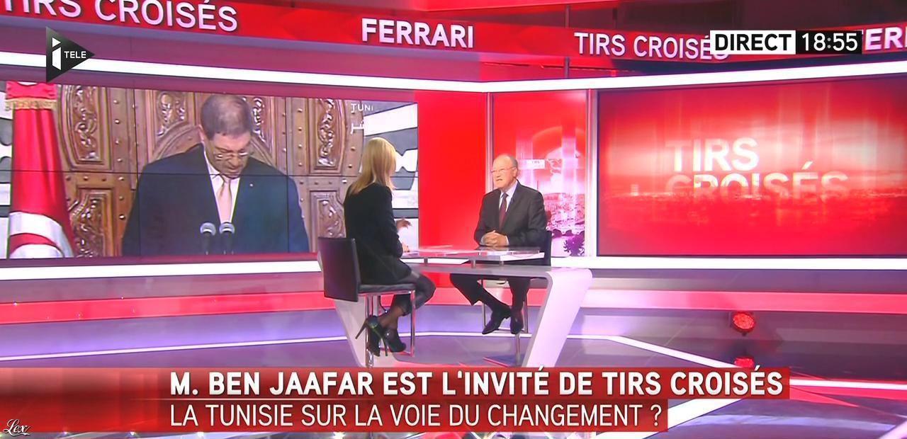 Laurence Ferrari dans Tirs Croisés. Diffusé à la télévision le 22/10/15.