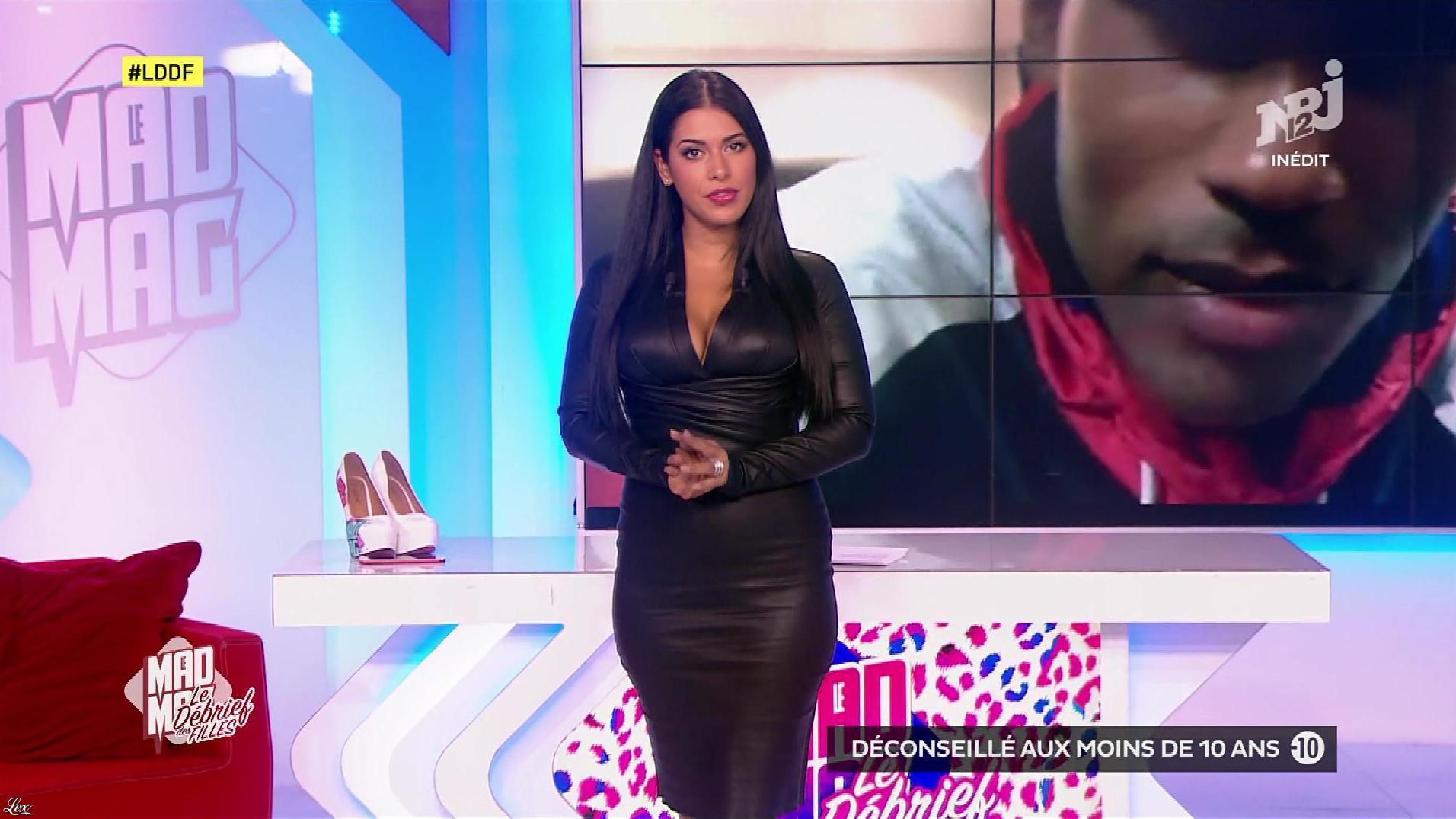 Ayem Nour dans, le Débrief des Filles. Diffusé à la télévision le 19/09/17.
