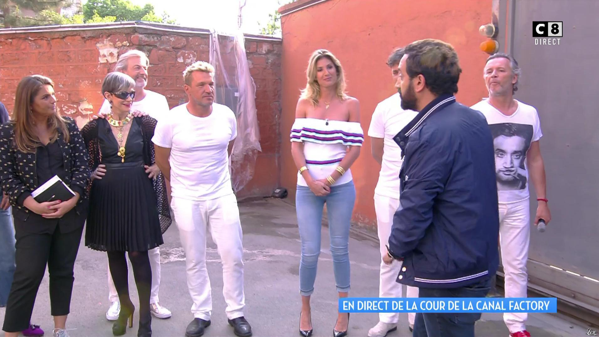 Caroline Ithurbide dans Touche pas à mon Poste. Diffusé à la télévision le 01/06/17.