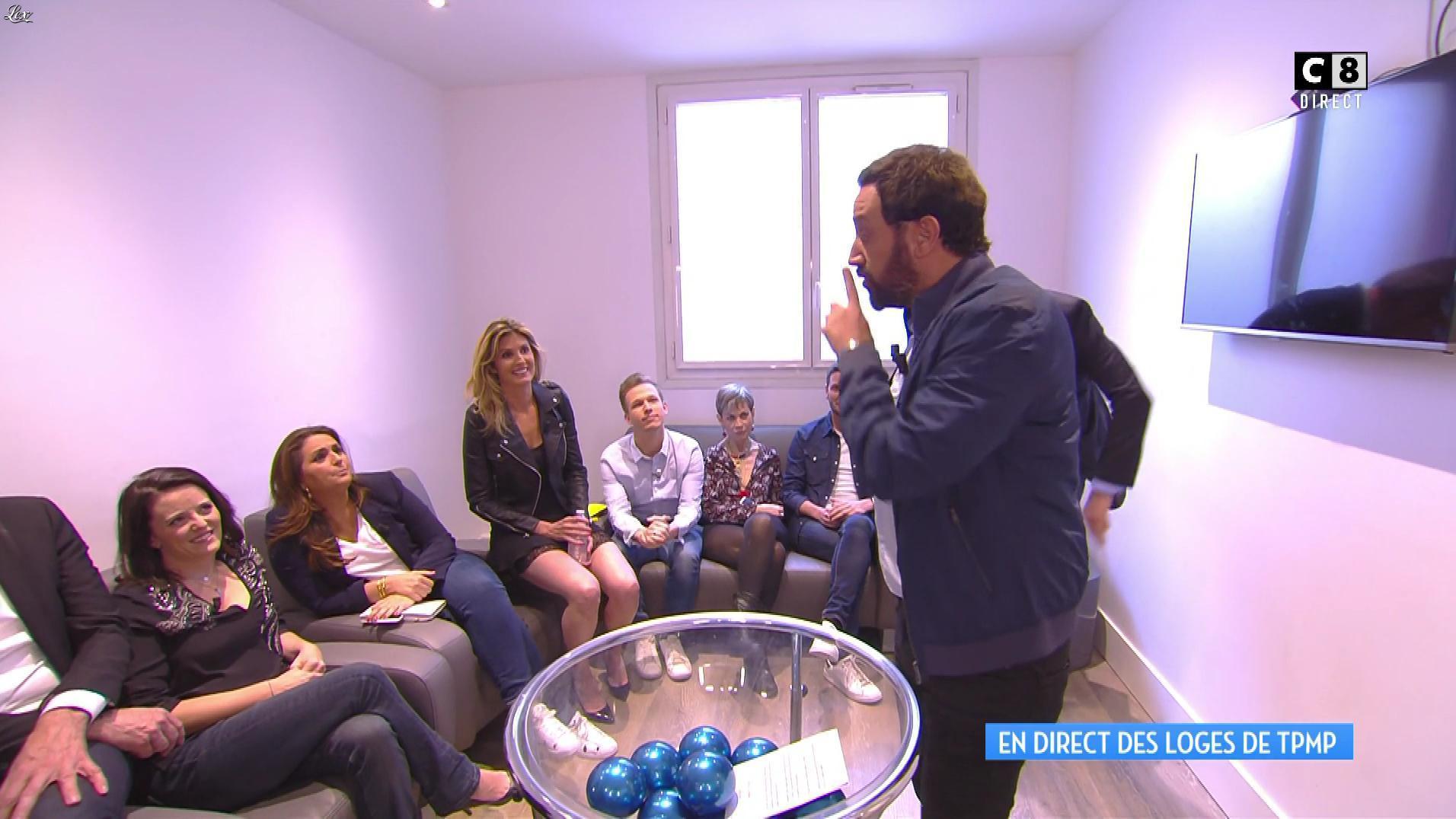 Caroline Ithurbide dans Touche pas à mon Poste. Diffusé à la télévision le 19/05/17.