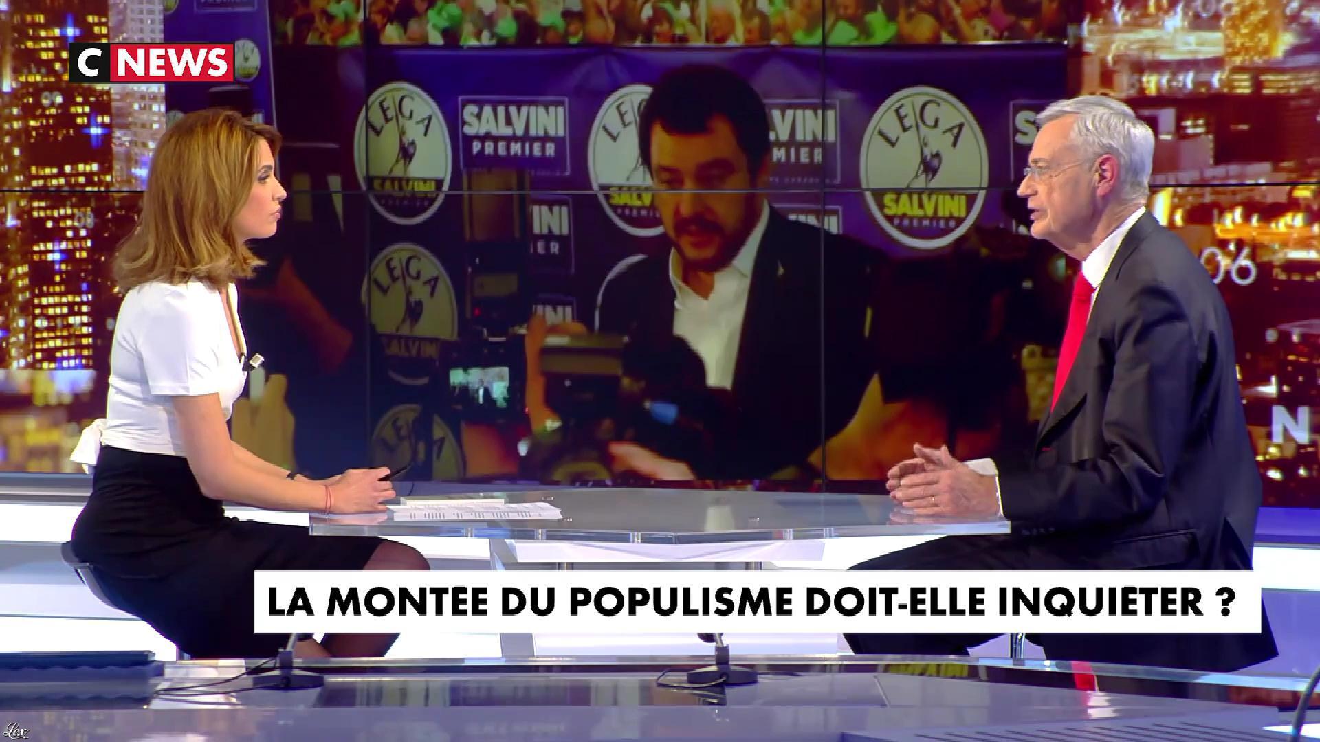 Sonia Mabrouk dans les Voix de l'Info. Diffusé à la télévision le 06/03/18.