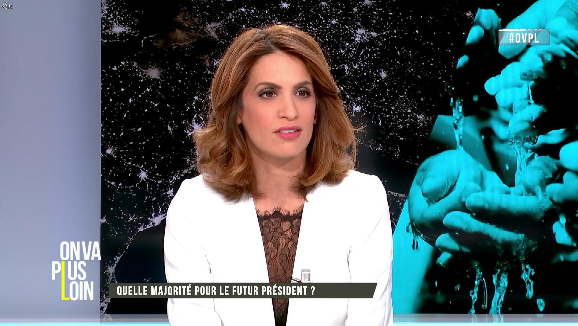 Sonia Mabrouk dans On Va Plus Loin. Diffusé à la télévision le 24/04/17.