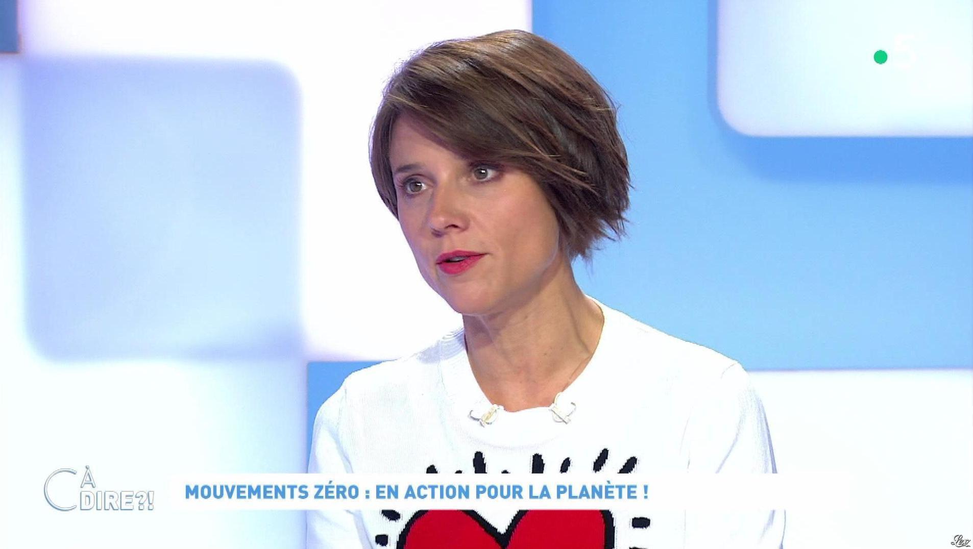 Mélanie Taravant dans C à Dire. Diffusé à la télévision le 25/09/20.